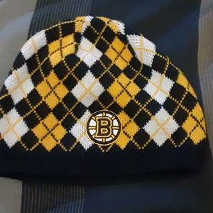 Boston Bruins beanie winter hat